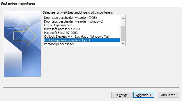Klik op 'Outlook-gegevensbestand (.pst)' en klik op 'Volgende'